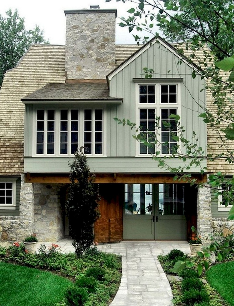 53+ Amazing Urban Farmhouse Exterior Design Ideas