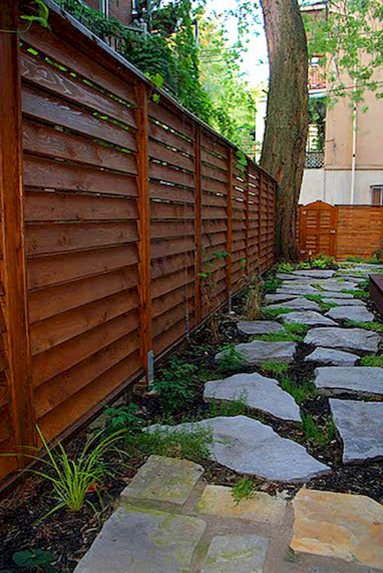 73+ Simple Backyard Privacy Fence Design Ideas - Page 69 of 74