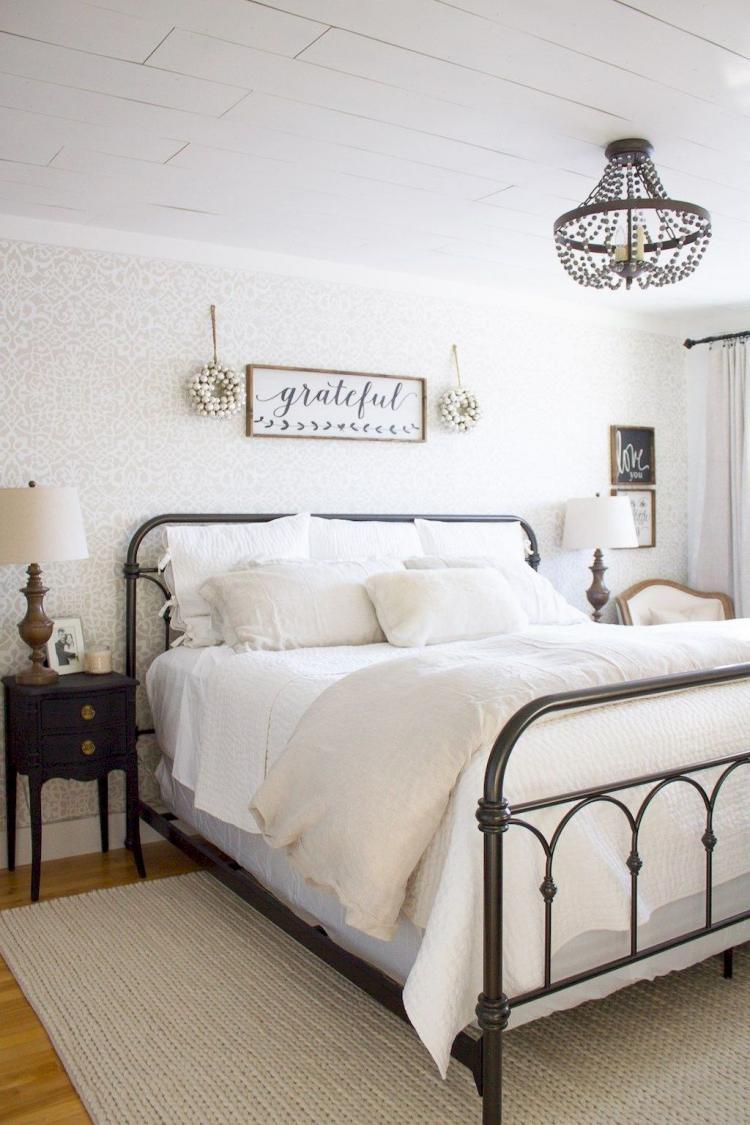 Farmhouse Style Bedroom Design Ideas