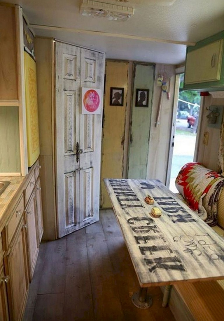 68 Lovely Small Rv Travel Trailers Camper Remodel Ideas On