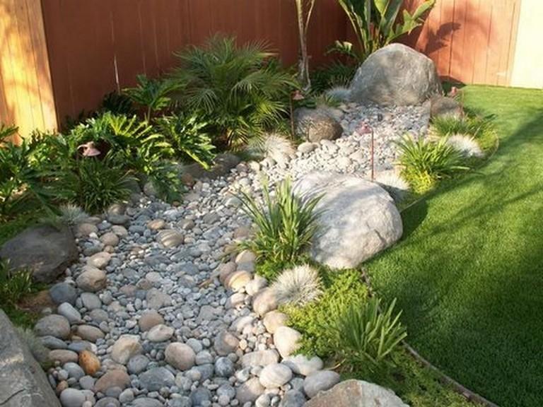 74 Beautiful Dry River Backyard Landscaping Ideas On Budget